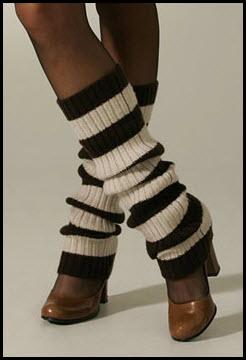 Для самостоятельного изготовления гетр нам понадобится нечто вязаное или трикотажное, что наверняка найдется в любом...