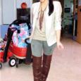 Kardashian_aldo manzi boots_2010